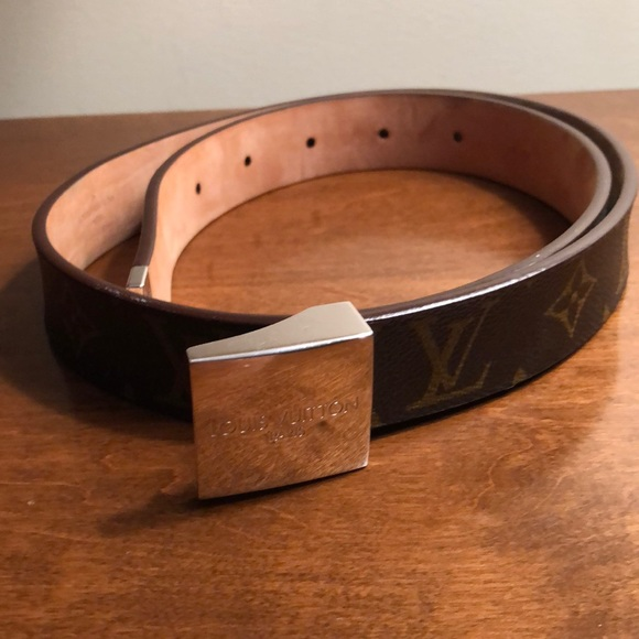 Louis Vuitton Accessories - Louis Vuitton slide belt